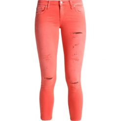LTB MINA Jeans Skinny Fit crimson wash. Czerwone jeansy damskie marki LTB, z bawełny. W wyprzedaży za 174,30 zł.