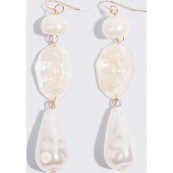Kolczyki damskie: MANGO Kolczyki z perłami – White