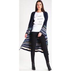 T-shirty damskie: Saint Noir Tshirt z nadrukiem white