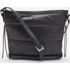 Pikowana torebka na ramię - Czarny. Czarne torebki klasyczne damskie marki Reserved, pikowane. Za 99,99 zł.