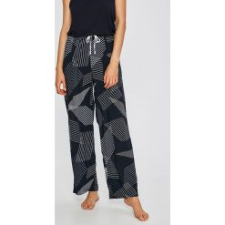 Dkny - Spodnie piżamowe. Szare piżamy damskie DKNY, m, z materiału. W wyprzedaży za 179,90 zł.