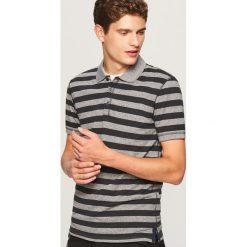 Koszulka polo w paski - Szary. Szare koszulki polo Reserved, l, w paski. W wyprzedaży za 29,99 zł.