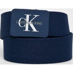 Calvin Klein Jeans - Pasek. Niebieskie paski męskie Calvin Klein Jeans, w paski, z jeansu. Za 159,90 zł.