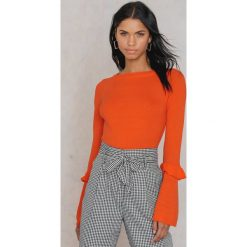 Swetry klasyczne damskie: Trendyol Sweter z rozszerzanym rękawem z falbanką - Orange