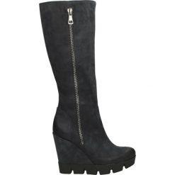Kozaki ocieplane - 2268 NAB BL14. Czarne buty zimowe damskie marki Born2be, z materiału, z okrągłym noskiem, na niskim obcasie, na koturnie. Za 239,00 zł.