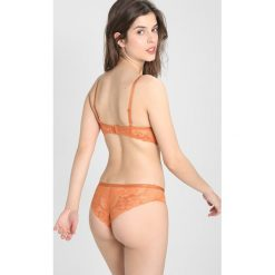 Majtki damskie: Triumph MAGIC WIRE LITE BRAZILIAN Figi pure copper