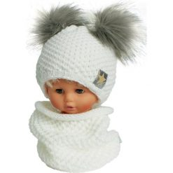 Czapka dziecięca z kominkiem CZ+K 173F biało-szara r. 48-50. Białe czapeczki niemowlęce Proman. Za 62,96 zł.