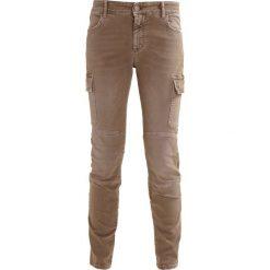 CLOSED ROBYN Jeansy Slim Fit olive. Zielone jeansy damskie CLOSED, z bawełny. W wyprzedaży za 735,20 zł.