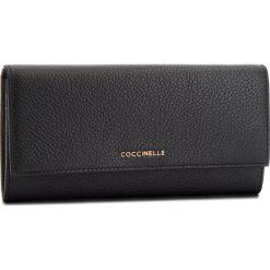 Duży Portfel Damski COCCINELLE - CW5 Metallic Soft E2 CW5 11 03 01 Noir 001. Czarne portfele damskie marki Coccinelle. W wyprzedaży za 419,00 zł.
