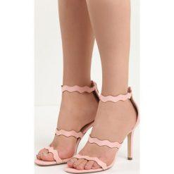 Różowe Sandały Skyways. Czerwone sandały damskie marki Born2be, w paski, na wysokim obcasie, na szpilce. Za 59,99 zł.