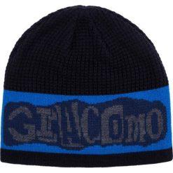 Czapka CZW0000009. Brązowe czapki zimowe męskie Giacomo Conti, z nadrukiem. Za 109,00 zł.
