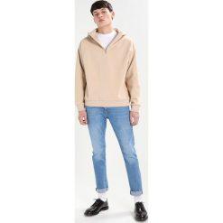 Topman ZINGY Jeansy Slim Fit blue denim. Niebieskie jeansy męskie Topman. W wyprzedaży za 206,10 zł.