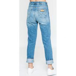 Wrangler - Jeansy Retro. Niebieskie jeansy damskie rurki Wrangler, z bawełny. W wyprzedaży za 229,90 zł.