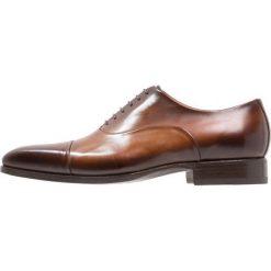 Giorgio 1958 Eleganckie buty cognac. Brązowe buty wizytowe męskie Giorgio 1958, z materiału, na sznurówki. Za 929,00 zł.