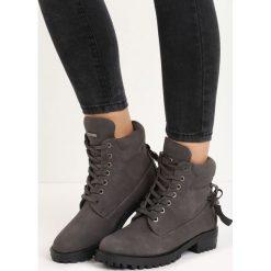 Ciemnoszare Traperki Be Brave. Czerwone buty zimowe damskie marki Reserved, na niskim obcasie. Za 89,99 zł.