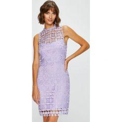 Answear - Sukienka. Szare sukienki koronkowe marki ANSWEAR, na co dzień, l, casualowe, z okrągłym kołnierzem, mini, dopasowane. W wyprzedaży za 119,90 zł.