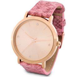 Zegarek na rękę bonprix jeżynowy. Fioletowe zegarki damskie bonprix. Za 74,99 zł.