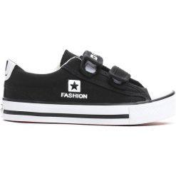 Czarne Trampki Dime. Czarne buty sportowe chłopięce marki Born2be, z materiału, z okrągłym noskiem. Za 29,99 zł.
