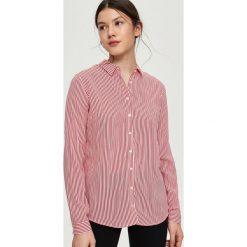 Wzorzysta koszula - Czerwony. Czerwone koszule damskie marki Sinsay, l, z nadrukiem. Za 39,99 zł.