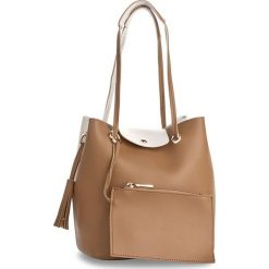 Torebka MONNARI - BAGA610-015 Beige. Brązowe torebki klasyczne damskie Monnari, ze skóry ekologicznej. W wyprzedaży za 129,00 zł.
