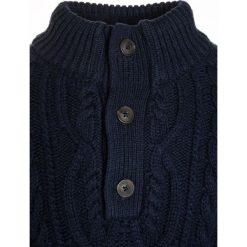 GAP CABLE BUTTON MOCK Sweter true indigo. Niebieskie swetry dziewczęce GAP, z bawełny. W wyprzedaży za 135,20 zł.