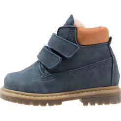 Ocra Botki airone jeans. Niebieskie botki damskie na zamek Ocra, z futra. W wyprzedaży za 407,20 zł.