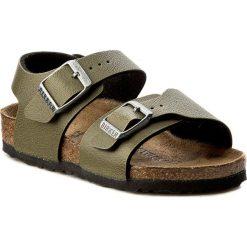 Sandały BIRKENSTOCK - New York Kids 1003357 Pull Up Olive. Zielone sandały chłopięce Birkenstock, z materiału. W wyprzedaży za 179,00 zł.
