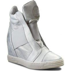 Sneakersy damskie: Sneakersy ROBERTO – 528/D Srebro