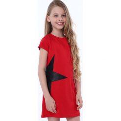 Sukienka z gwiazdą czerwona NDZ8245. Czerwone sukienki dziewczęce marki Fasardi. Za 49,00 zł.