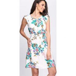 Sukienki: Biała Sukienka Lovage
