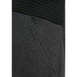 Adidas Performance Bluza z kapturem black. Czarne bluzy chłopięce rozpinane marki adidas Performance, z bawełny, z kapturem. W wyprzedaży za 152,15 zł.