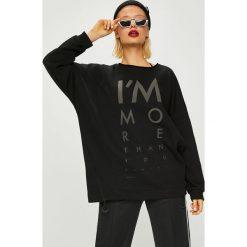 Answear - Bluza Manifest Your Style I'm More Than You Can See. Czarne bluzy z nadrukiem damskie marki ANSWEAR, l, z dzianiny. W wyprzedaży za 159,90 zł.
