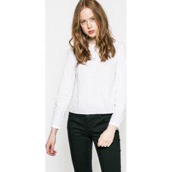 Only - Bluzka. Szare bluzki z odkrytymi ramionami marki ONLY, s, z bawełny, z okrągłym kołnierzem. W wyprzedaży za 49,90 zł.