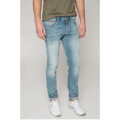 Tommy Jeans - Jeansy Scanton. Niebieskie jeansy męskie slim marki Tommy Jeans, z bawełny. W wyprzedaży za 299,90 zł.