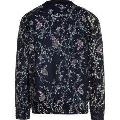 The New GALIANA  Kurtka Bomber black iris. Niebieskie kurtki chłopięce marki The New, z materiału. W wyprzedaży za 215,10 zł.