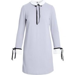 Jasnoszara Sukienka Too Original. Szare sukienki koktajlowe marki Born2be, l. Za 49,99 zł.