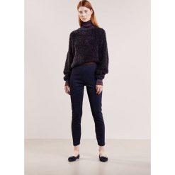 Spodnie sportowe damskie: By Malene Birger ITTONA   Spodnie treningowe blue