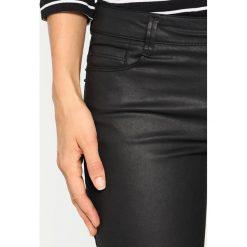 More & More Jeansy Slim Fit black. Czarne boyfriendy damskie More & More. W wyprzedaży za 287,20 zł.