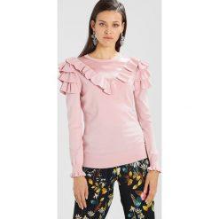 Swetry klasyczne damskie: Ted Baker HELLGAR CONTRAST RUFFLE JUMPER Sweter dusky pink