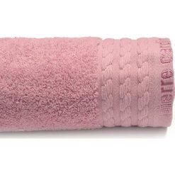 Kąpielówki męskie: Ręcznik w kolorze ciemnoróżowym