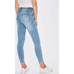 Spodnie damskie: Missguided - Jeansy Sinner