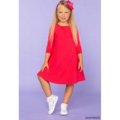 Sukienka trapezowa, model 24, czerwony. Czerwone sukienki dziewczęce z falbanami Pakamera, z tkaniny, eleganckie. Za 89,00 zł.
