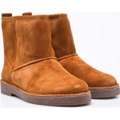 Clarks - Botki Drafty Day. Brązowe buty zimowe damskie Clarks, z materiału, z okrągłym noskiem, na obcasie. W wyprzedaży za 179,90 zł.