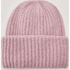 Czapka - Fioletowy. Szare czapki zimowe damskie marki House, l, z dzianiny. Za 39,99 zł.