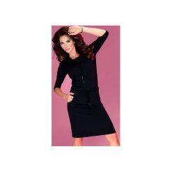 SUKIENKA SPORTOWA WISKOZA GOLF CZARNA. Czarne sukienki mini marki Dressroad, na co dzień, s, z elastanu, casualowe, z golfem, z krótkim rękawem, dopasowane. Za 139,99 zł.