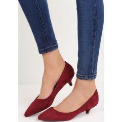 Bordowe Czółenka Ducky Duck. Czerwone buty ślubne damskie marki Born2be, ze szpiczastym noskiem, na obcasie. Za 59,99 zł.