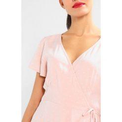 Sukienki hiszpanki: Abercrombie & Fitch WRAP DRESS  Sukienka letnia light pink