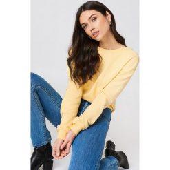 NA-KD Basic Sweter z głębokim dekoltem z tyłu - Yellow. Różowe swetry klasyczne damskie marki NA-KD Basic, z bawełny. Za 80,95 zł.