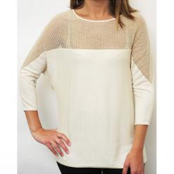 """Koszulka """"Maeva"""" w kolorze białym. Białe bluzki longsleeves Ateliers de la Maille, z kaszmiru, z okrągłym kołnierzem. W wyprzedaży za 363,95 zł."""