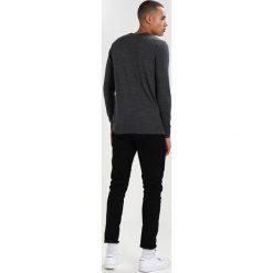 Swetry klasyczne męskie: Hollister Co. FALEM CREW Sweter grey